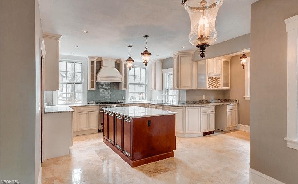 Furnished Home kitchen